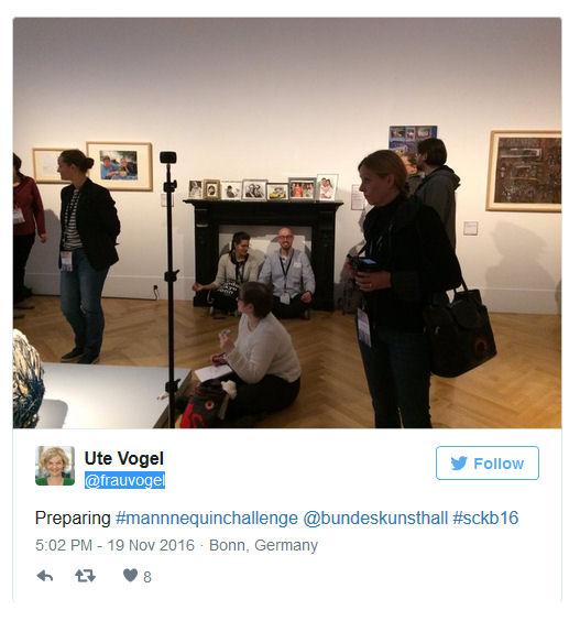 Tweet zur Mannequin Challenge in der Ausstellung Touchdown 21 in der Bundeskunsthalle