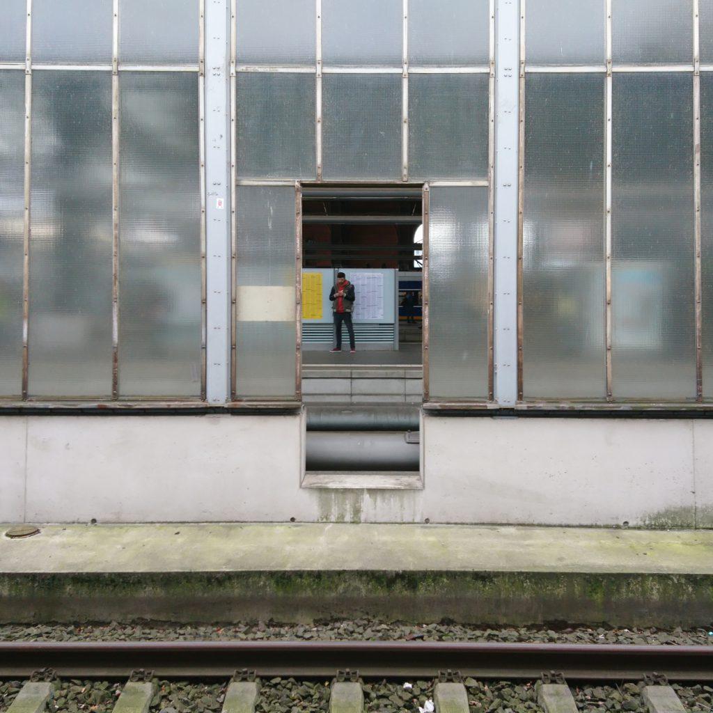 Der erste Blick auf Einheimische am Bremer Hauptbahnhof